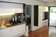 dlux_cabinetry1