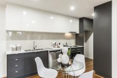 Smartstone 'Santorini' - Formica 'Asphalt' - Flexipress 'Classic White' sheen